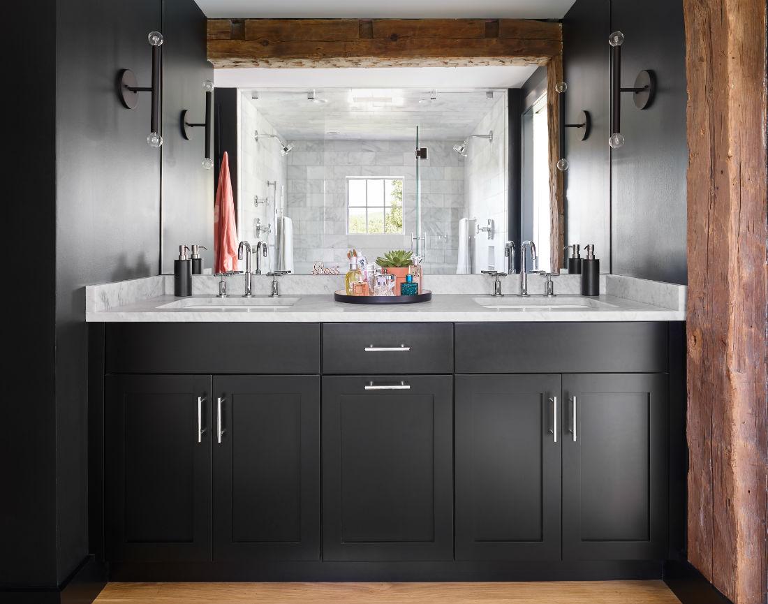 black-cabinets-silver-hardware-master-bathroom-natural-wood-beams