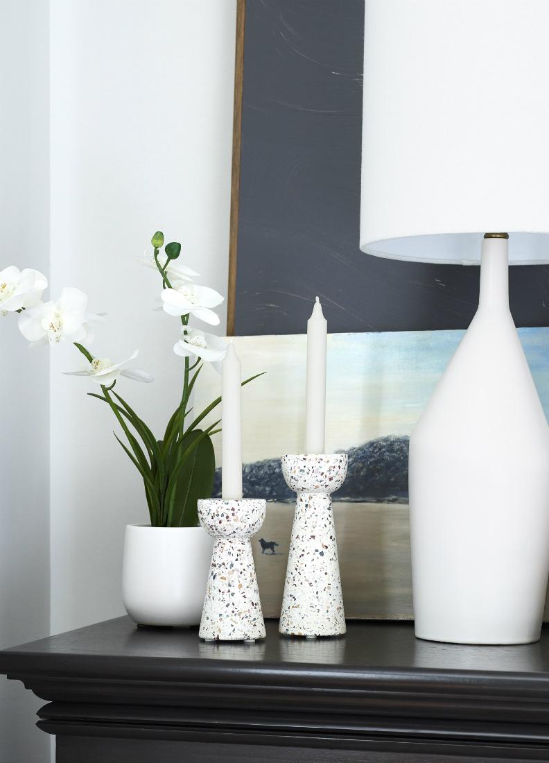 candles-vase-lamp-bedroom-decor-on-bedside-table