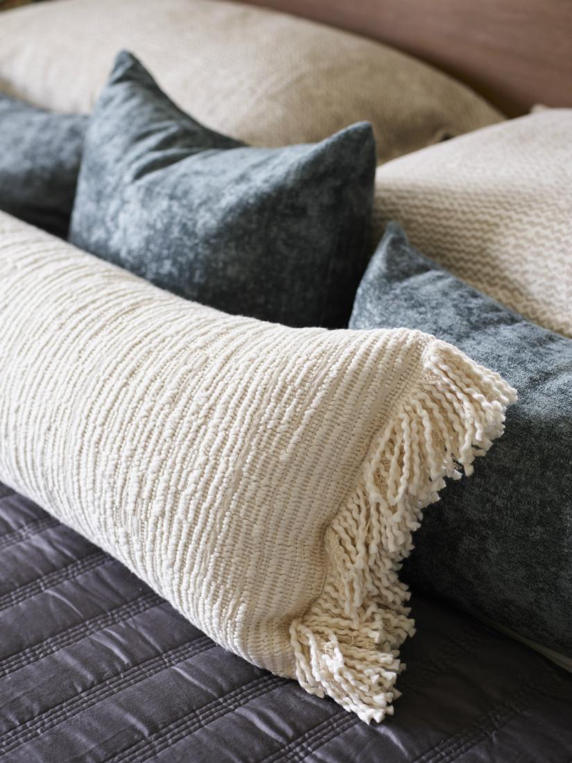 jenn-obrien-accent-pillows-interior-design