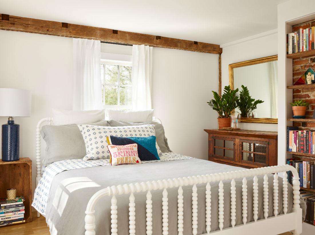 How do I determine my furnishings budget?