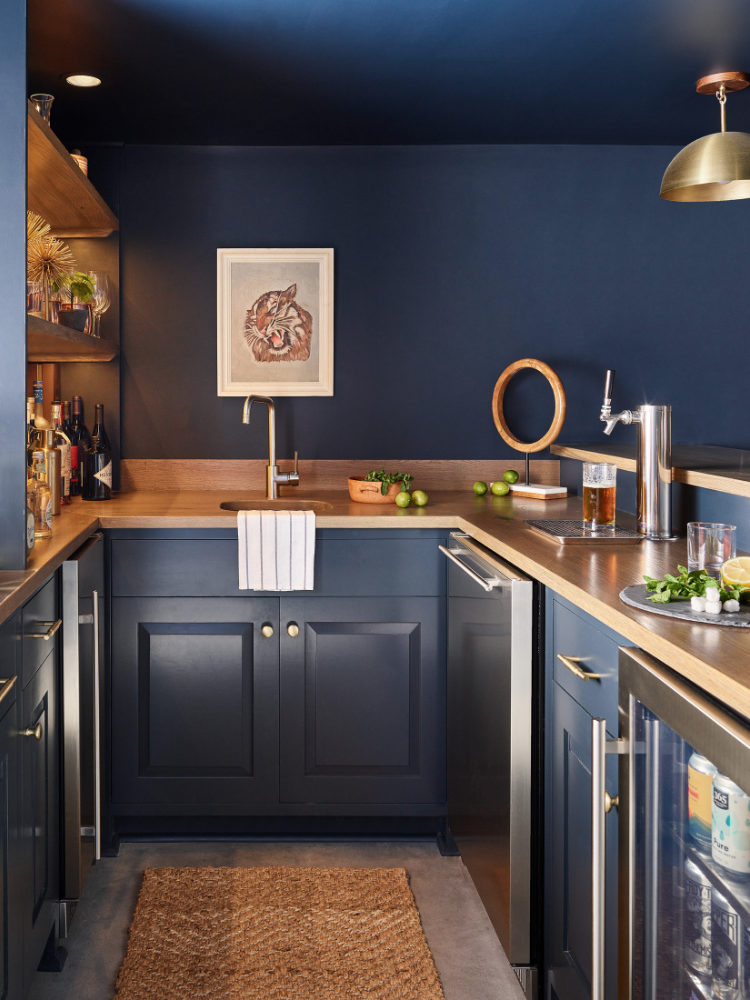 in-home-bar-finished-basement-grotto-topsfield-ma-design